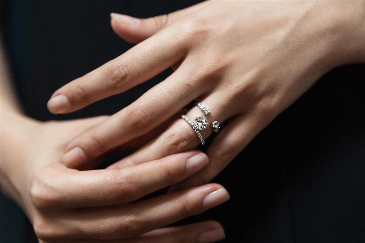 Im Trend liegende Hochzeits- und Verlobungsringe